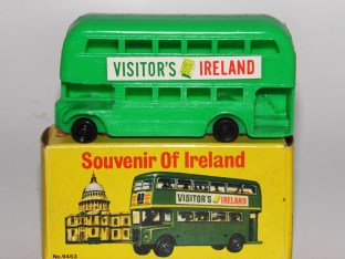 "HK AEC bus ""visitor's Ireland"""