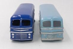 Dinky Toys prototype bois du Leyland Royal Tiger autocar et la version de série