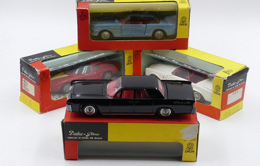 Tekno Dalia rares boîtes vitrine dans le style des Solido
