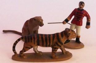 Quiralu tigre et lionne avec dompteur
