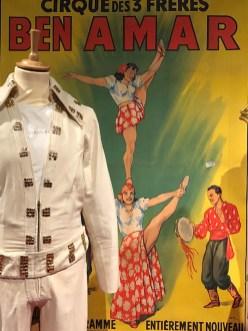 affiche du cirque Amar (numéro d'équilibristes)...ou la vie de saltimbanques !