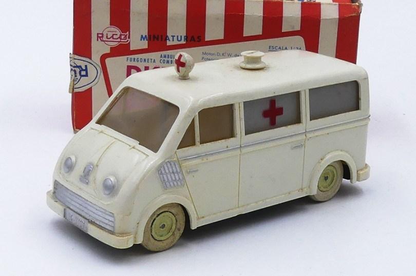 "Rico DKW fourgon ambulancia ""Cruz Roja"""