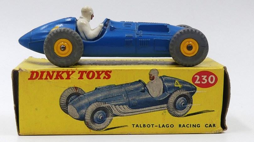 Dinky Toys Grande Bretagne Talbot Lago 4,5L avec jantes plastique