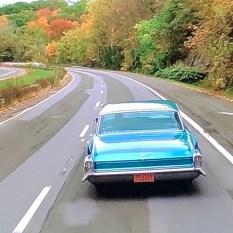 Quelle belle auto ! quelles belles images dans ce film