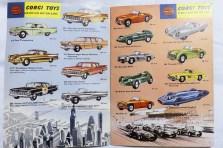 """catalogue Corgi Toys: des modèles """"USA"""" et """"GB"""""""