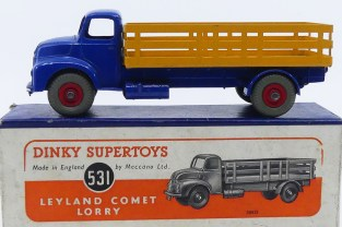 Dinky Toys Leyland Comet avec ridelles ajourées (jaune) avec jantes concave rouge