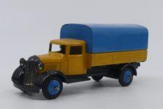 Dinky Toys 25 B camion bâché type 4 (chassis fermé avec pare chocs)