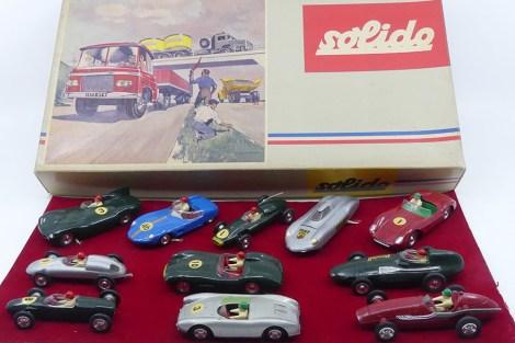 rarissime Solido coffret Série 100 avec toute la gamme d'autos de course disponible en 1962