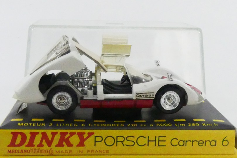 Dinky Toys Porsche Carrera 6 modèle de série avec sa rare câle