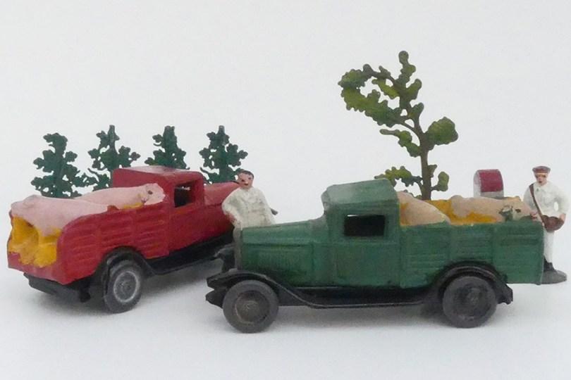 """""""Les jouets Citroën"""" Citroën C4 bétaillères avec cochons"""