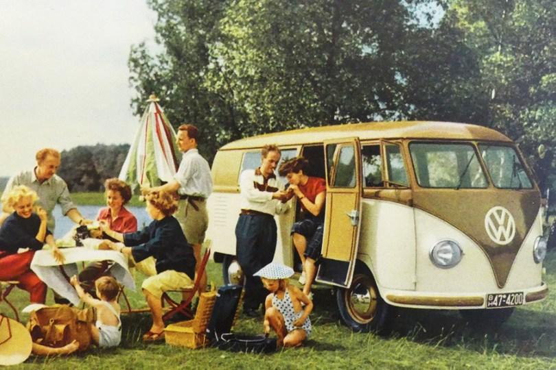 """catalogue publicitaire Volkswagen """"la huit place """" au camping"""