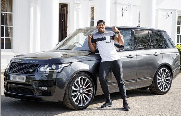 anthony joshua rangerover