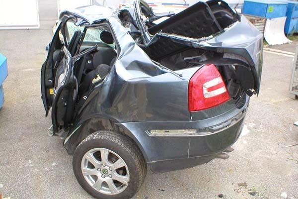accidented-car