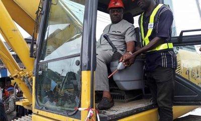 driving-bulldozer
