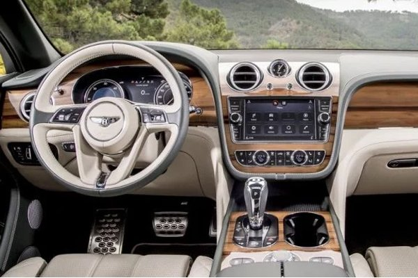 bentley-bentayga-dashboard