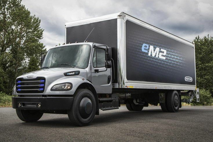 The Electric Trucks Daimler Just Unveiled To Compete With Tesla Semi