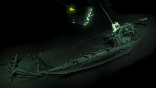 World's Oldest Intact Shipwreck Of At Least 2400 Years Discovered In The Black Sea