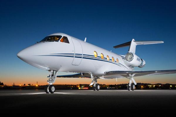 Tyler Perry's private jet