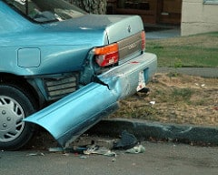 Unfallschaden und Bagatellschaden als Sachmangel und Rücktritt beim Autokauf