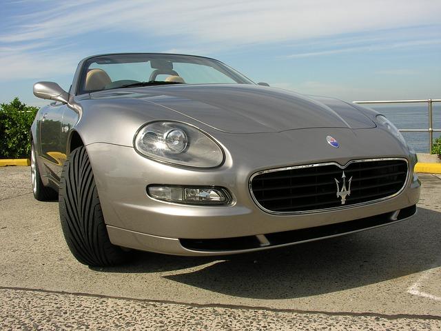 Maserati autó
