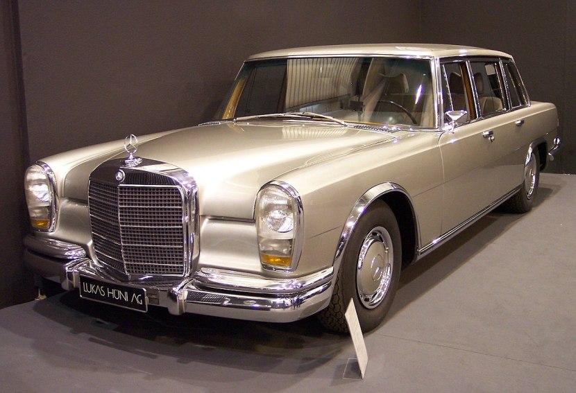 Mercedes-Benz 600 Limuzin