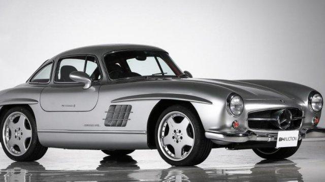 1,4 млн. долара за легендарен Mercedes-Benz 300 SL