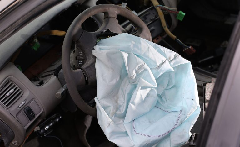 7 Injuries Car Airbags Can Cause If They Deploy