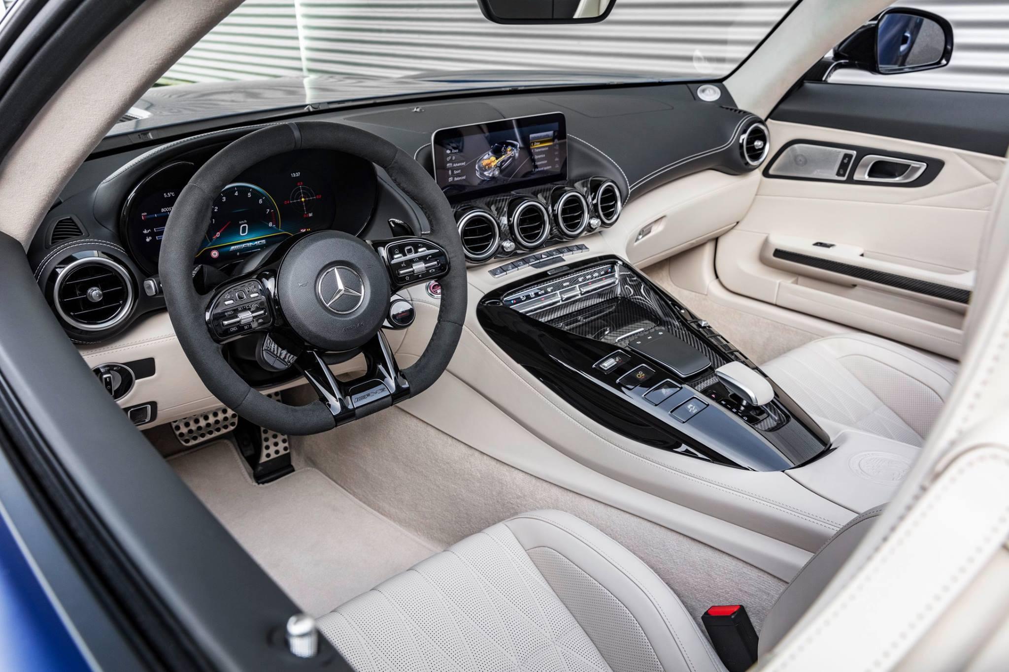 Mercedes-AMG-GTR-Roadster_acsptours5