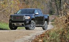 2018-gmc-canyon-in-depth-model-review-car-and-driver-photo-690508-s-original