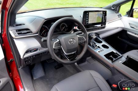 2021 Toyota Sienna, interior