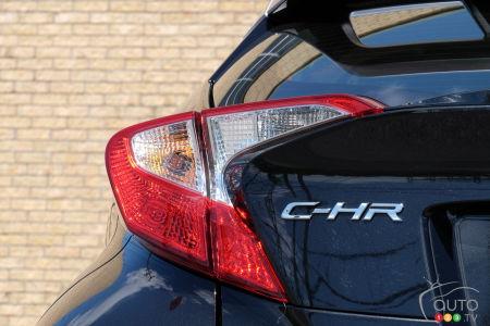 2020 Toyota C-HR, rear light