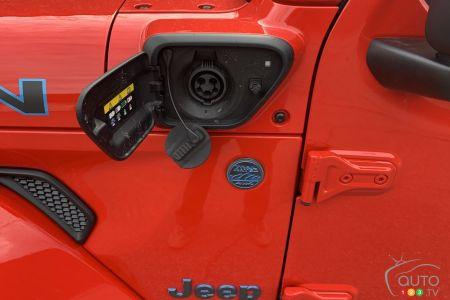 2021 Jeep Wrangler 4xe, charging port
