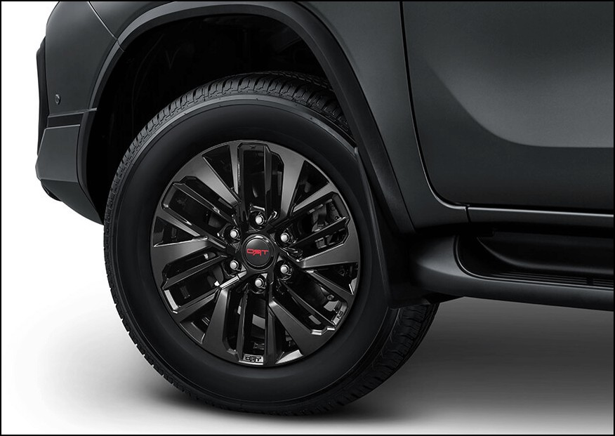 2021 Toyota Fortuner TRD Wheels