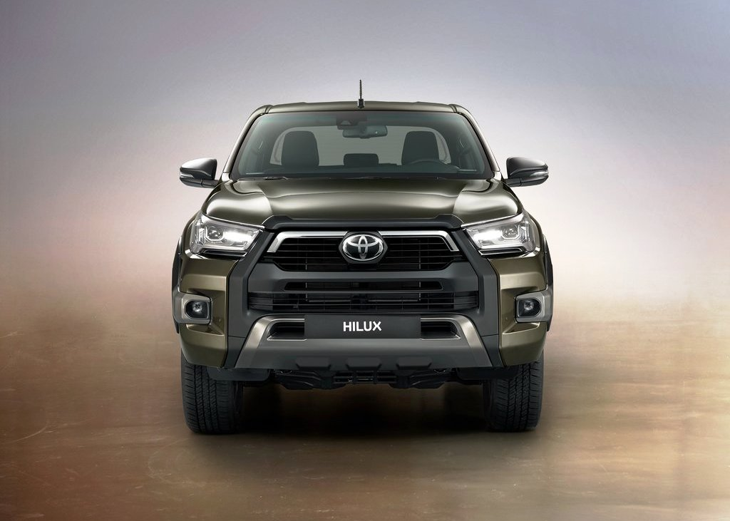2021 Toyota Hilux Redesign Front Angle WIth New Massive Grille and LED Headlights