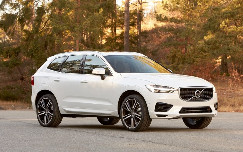 New Volvo XC90 SUV - 2021 Cars Waiting For