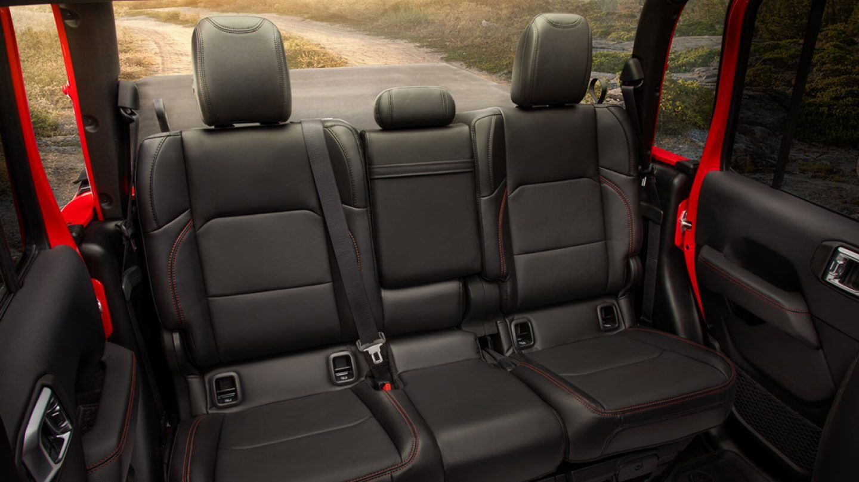 2021 Jeep Gladiator Interior Black Leather Seat