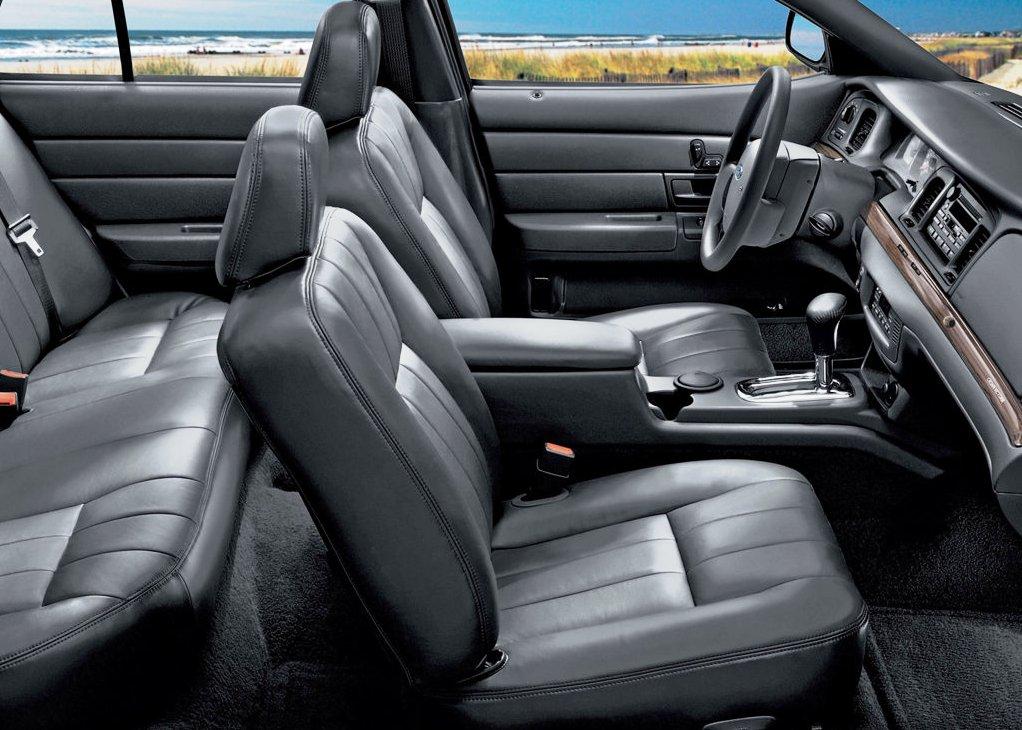 Classic Ford Crown Victoria interior