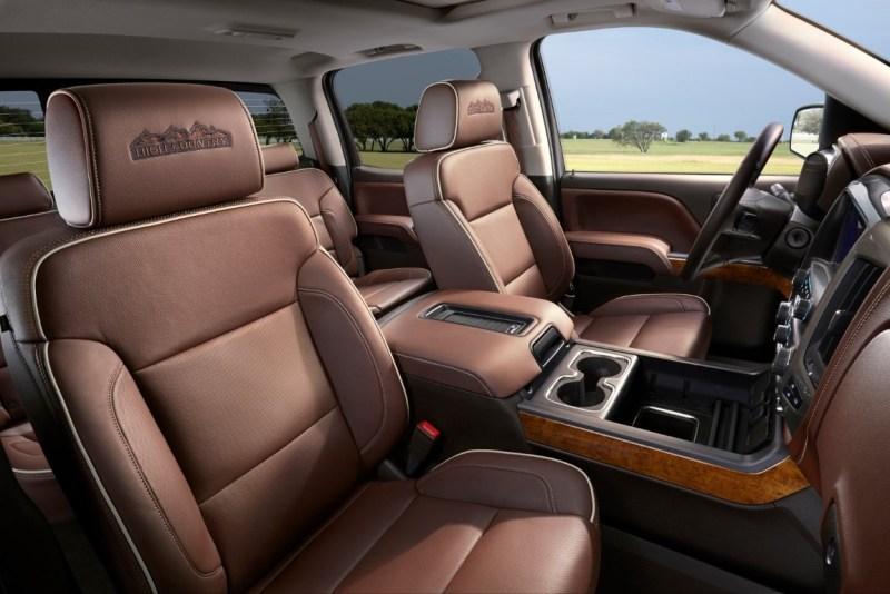 2021 Chevrolet Avalanche Interior Changes
