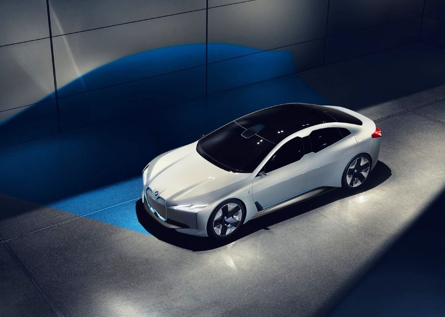 2021 BMW i4 Electric Specifications