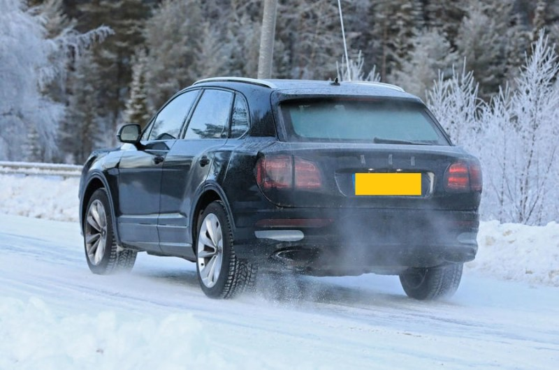 2021 Bentley Bentayga Spied Images