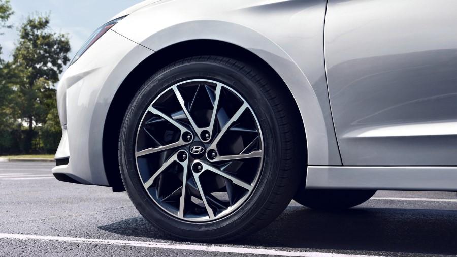 2021 Hyundai Elantra New Wheel Size