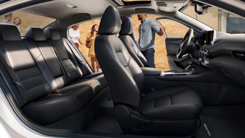 2021 Nissan Sentra Premium Interior Cabin