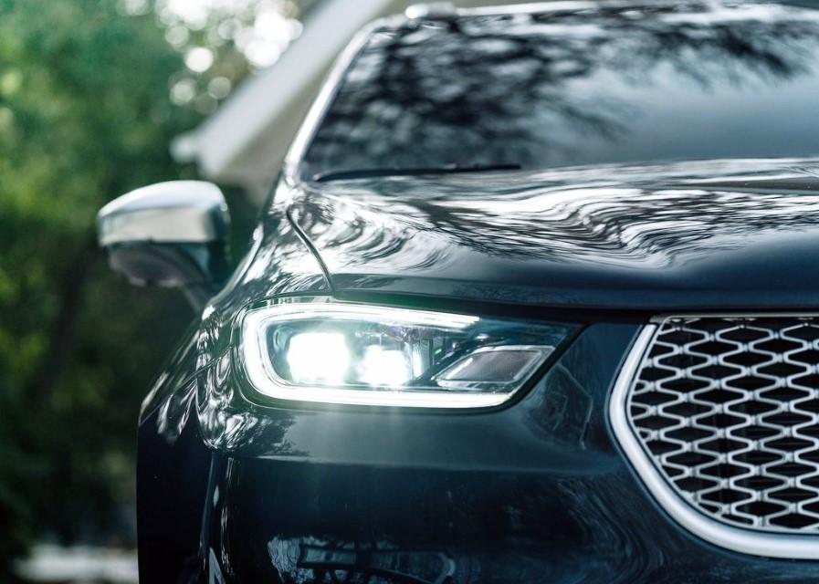 2021 Chrysler Pacifica AWD New DRL Led Light