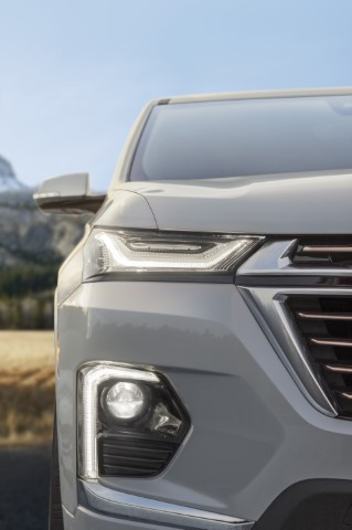 2022 Chevrolet Traverse High Country New Headlamp