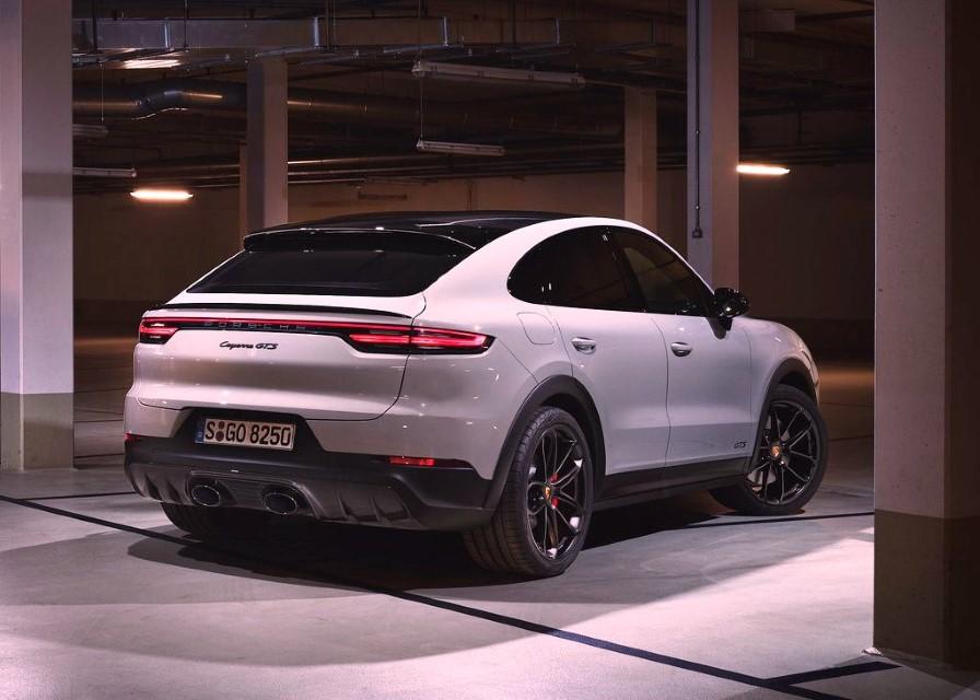 2022 Porsche Cayenne GTS Coupe Specs