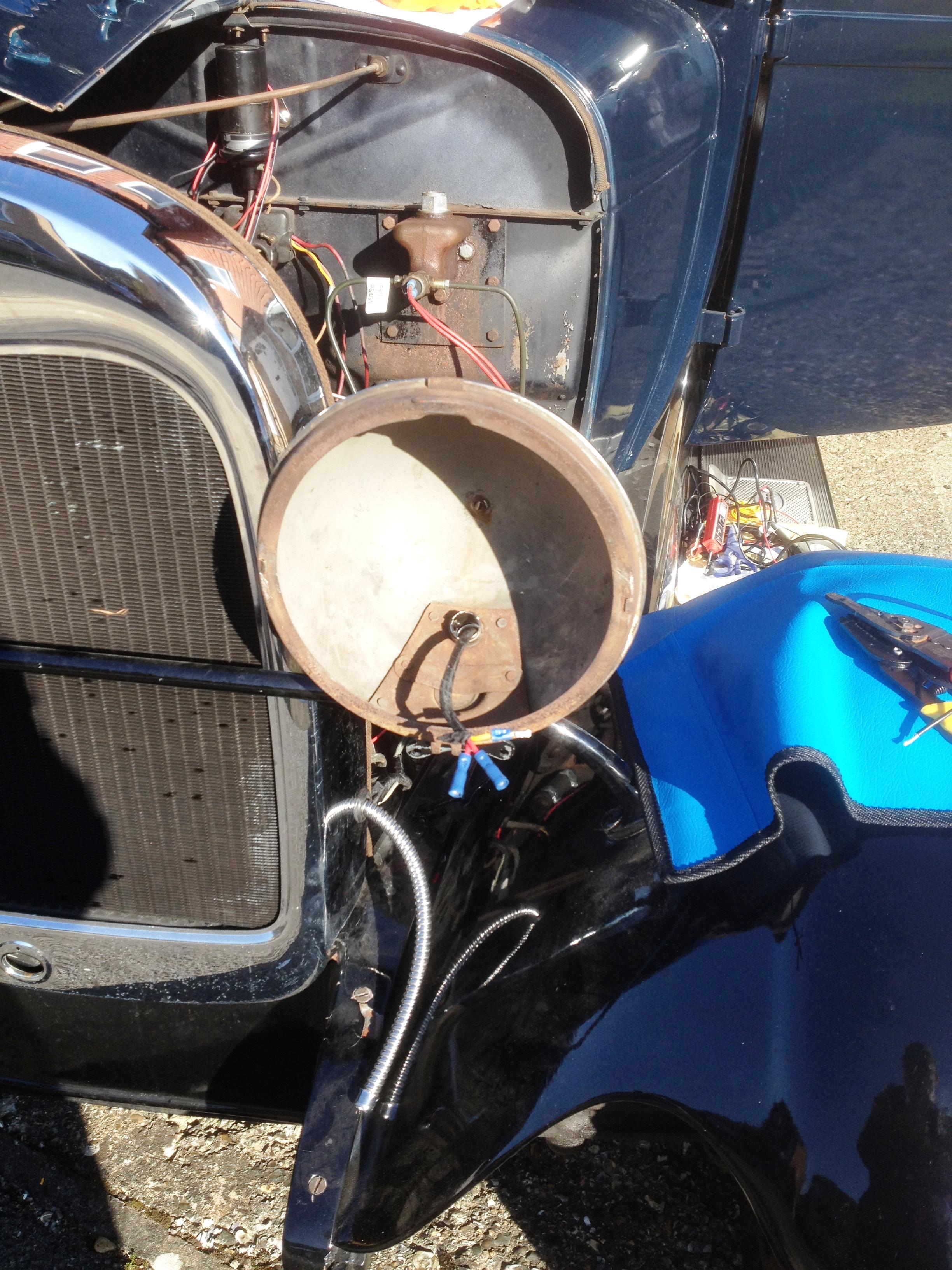 Model A Ford Headlamp Bucket & Wiring