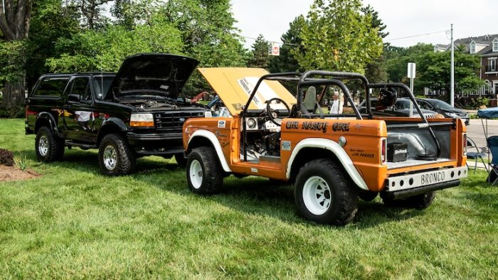 1968-ford-bronco-the-nasty-one-at-the-2018-woodward-dream-cruise-with-newer-model