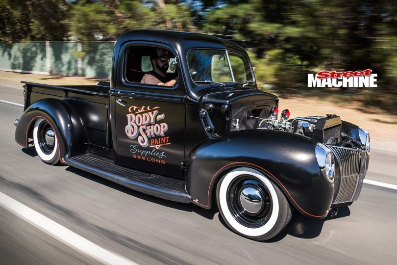 ford-pickup-1