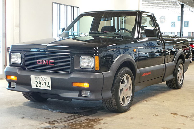 this-91-gmc-syclone-has-driven-395-miles-in-25-years