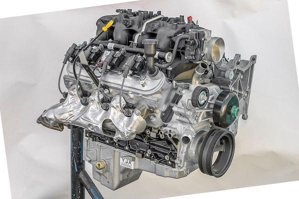 02-gm-ls-small-block-gen-iii-engine-lq9